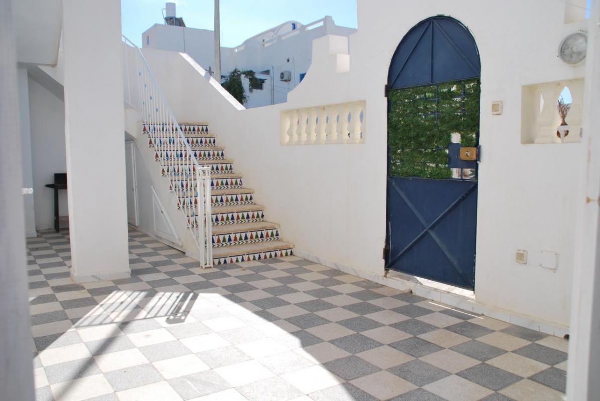 cour terrasse privée pour l'appartement étage